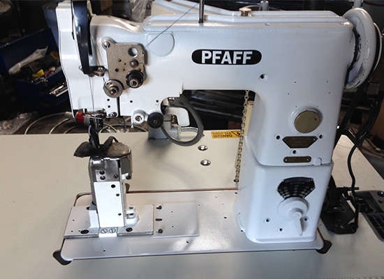Photo of an PFAFF 191 1 needle post bed industrial sewing machine Industrial Sewing Machines