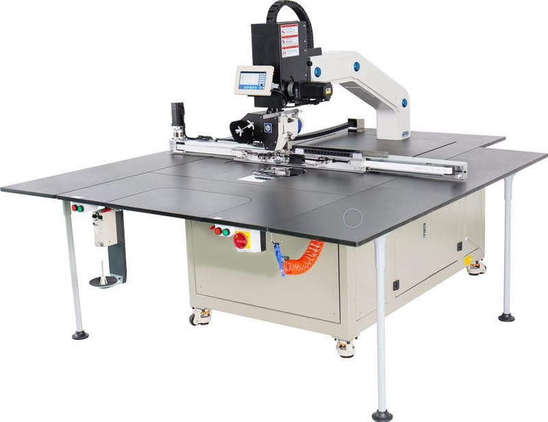 Photo of an DCR AS360 Automatic Stitch 360 degree rotary Industrial Sewing Machines