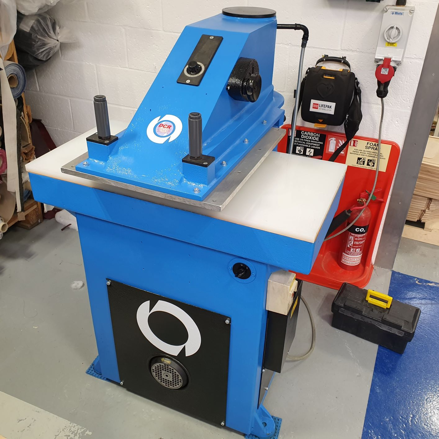 Photo of an ATOM SE20 Hydraulic Clicker Press REFURBISHED  Industrial Sewing Machines
